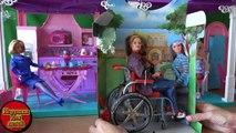 Desembalaje muñecas Barbie Mattel todas las series en una fila Rapunzel Disney