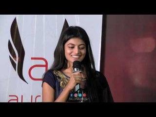 என்ன ரொம்ப அழகா காட்டிருக்காங்க - Aanandhi at ''Pandigai'' Press Meet