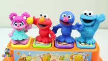 Brinquedo Pop U234234werwersney Sesame Street Pop Up Pals Surprise Cookie Mon