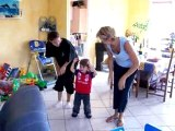 Florian danse Léo avec Mamie