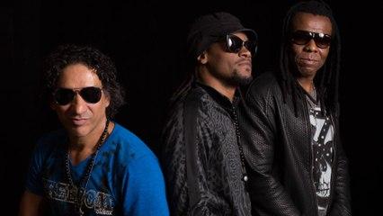 Cidade Negra - Fazendo Música, Jogando Bola