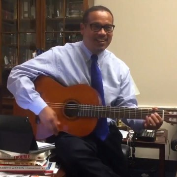 Keith Ellison is busting out his guitar and celebrating the $15 minimum wage in Minneapolis [Mic Archives]