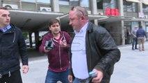 Собрание, Мукоски негира дека ја отворил вратата за демонстрантите
