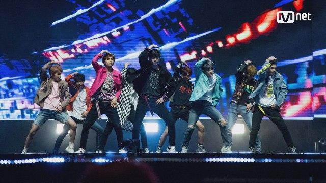 KCON 2017 NY×M COUNTDOWN |업텐션 (UP10TION)  _ INTRO + 시작해 (Runner)
