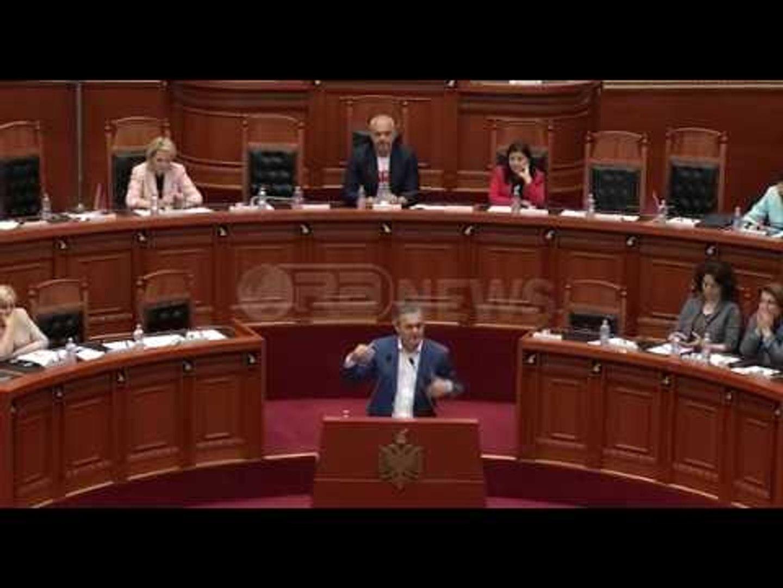 Ora News -  Blushi kundër Ramës e Berishës në Kuvend: Rilindja pasi mori banditë mori dhe Saliun