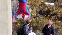 Beso película Escena hombre araña al revés 2002 6/10 |