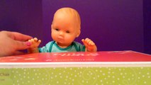 Américain bébé chaise poupée alimentation fille déballage Bitty floral