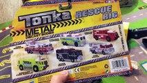 Des voitures classique pour enfants ramasser acier rue remorquer jouet jouets un camion camions Véhicules tonka