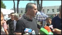 Ora News - Protesta kundër TAP, banorët e Dermenasit bllokojnë rrugën Fier-Seman