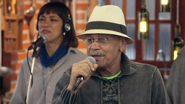 Aluizio Machado - Pisa Como Eu Pisei / Bum Bum Paticumbum Prugurundum