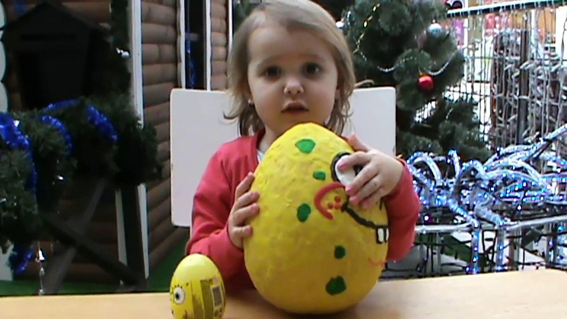 Губка Спанч Боб Огромное яйцо с сюрпризом открываем игрушки Un énorme oeuf avec une surpri