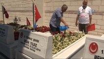 Gaziosmanpaşalı 15 Temmuz Şehidi Kabri Başında Anıldı