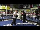 robert garcia working mitts wits Mikey Garcia - esnews boxing