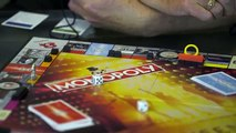 MONOPOLY: Queen Edition Brian May Plays The Game