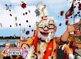So Sorry  Modi and Kejriwal in a holy city of Varanasi (2)