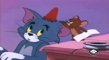 Tom y Jerry - Cuidando Al Bebé (Busy Buddies)