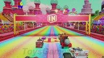 Bataille boîte de des voitures infini foudre course course voie express jouet disney pixar  