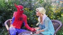 Frozen Elsa & Spiderman TOILET PRANK! Princess Anna, Maleficent, Hulk, Spidergirl Superheroes IRL