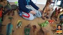 Comparaison dinosaures jurassique robotique contre monde indominus rex zoomer dino oynx miposaur