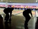 Jeu à la con au bowling