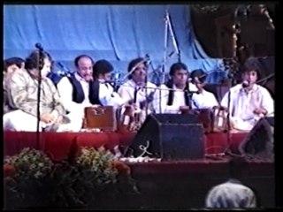 Akhiyan Udeek Diyan Dil Waajan Maar Da Nusrat Fathe Ali Khan Qawwali Part 5