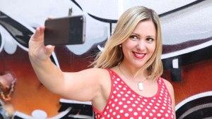 La 'selfie' perfecta: Teléfonos con efecto belleza