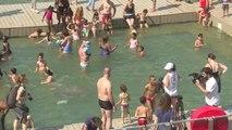 Paris plages : le bassin de la Villette pris d'assaut
