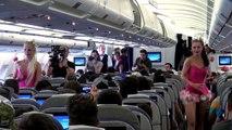 Les festivaliers de Tomorrowland débarquent en Belgique à bord de l'avion thématique