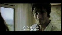 Les Trois Singes (2008) (360p_25fps_H264-128kbit_AAC)