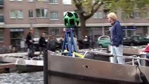 Paddle through the Amsterdam canals in a Mouse Click