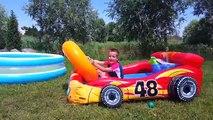 Un en mella en para piscina juego del perrito patrulla con juguetes juguetes de agua de la película turbo