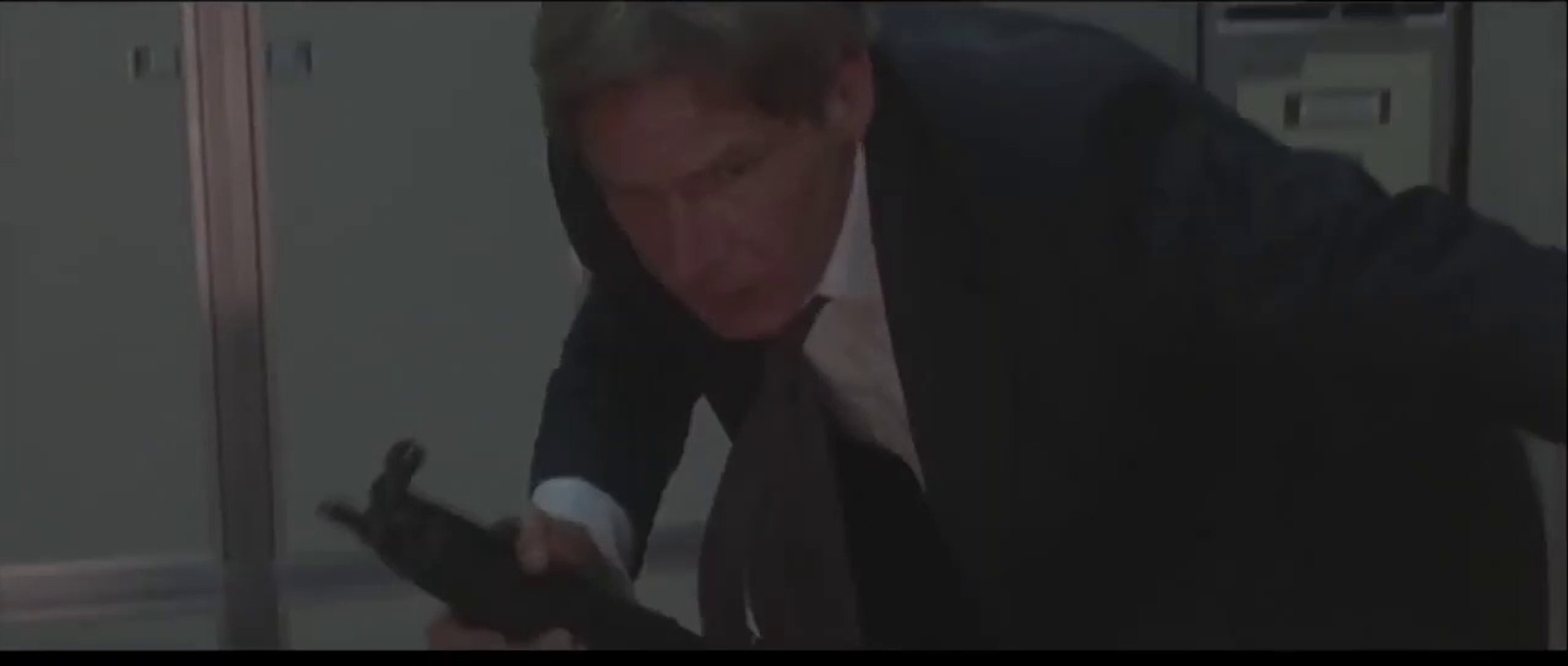 Air Force One (1997) ~ Part 1/3 Harrison Ford, Glenn Close - video ...