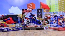 Et combats lutin vert fer patriote homme araignée super-héros jouet Toile avec Web-warrior slingers