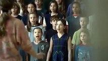 Sing (Mindenki) - Trailer Original (curta-metragem ficcional)