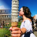 Awesome Photos Of Tourists Posing At The Leaning Tower Of Pisa