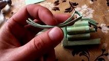 Una y una en un tiene una un en y pistola cómo hacer papel para cómo hacer una pistola de papel |