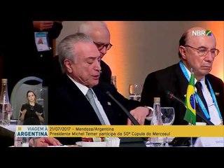 Henrique Meirelles cochila durante discurso de Temer