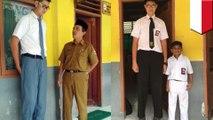 Viral, bocah paling tinggi di Indonesia? - TomoNews
