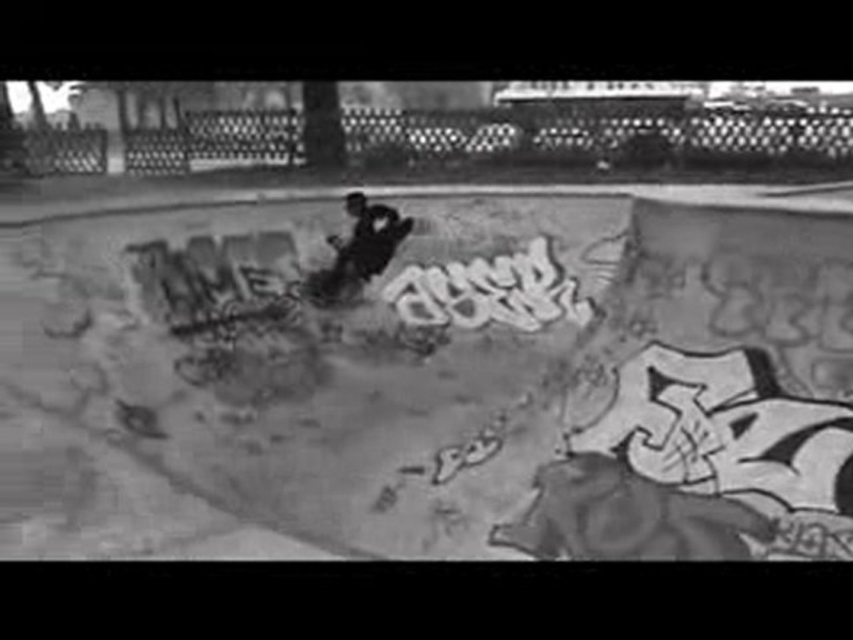 PUB-Elkya Clothes SkateBoarding.