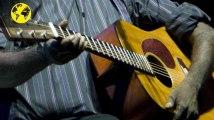 """Décès du chanteur aborigène Dr G Yunupingu : un """"géant musical"""" s'en va"""
