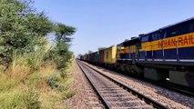 El Doble apilar envase tren indio vias ferreas