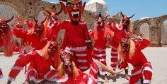 Danza De Los Diablos En La Graduacion De La Secundaria, Tradiciones Del Pueblo De Mexico