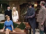 Monty Pythons Flying Circus S01E11 11 The Royal Philharmonic Orchestra Goes to the Bathroom