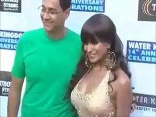 Veena Malik's weird new look