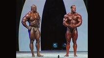 Jay Cutler Beats Ronnie Coleman (2006) Both Bodybuilders In Trunk.