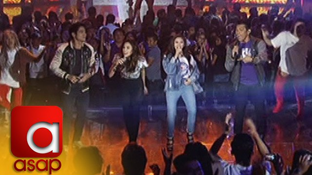 """ASAP: Sarah G. and Gary V. sing """"Let's Get It Started"""""""