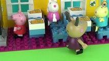 Clin doeil avec série Pig Peppa George casse de nouveaux jouets de cours