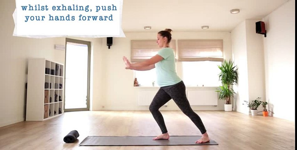 How to in 60 seconds Pregnancy Yoga Warrior