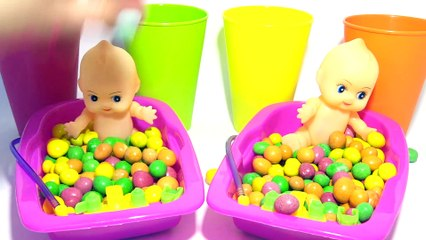 Learn Colors Bubble Gum Baby Doll Poop Training Bath Time With Nursery Rhymes & Finger Family Song