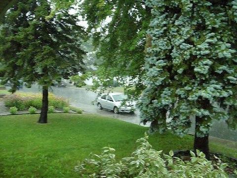 Pluie  a  Laval